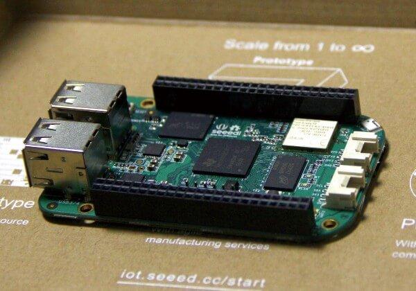 102010048-SeeedStudio BeagleBone Green Wireless 600X600-1